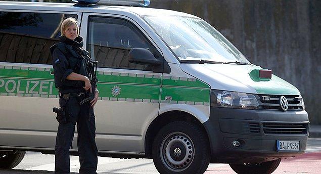 Koruma krizi Avrupa'ya sıçradı... Hamburg polis müdürü kavga durumunda Erdoğan'ın korumalarına karşı her türlü önlemi alacağız açıklaması yaptı.