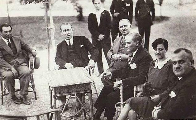 Parti Atatürk tarafından kurdurulmasına rağmen kısa süre içerisinde doğal bir seyir olarak kendine özel bir görüntü aldı.