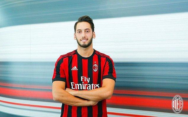 73. Hakan Çalhanoğlu ➡️  AC Milan