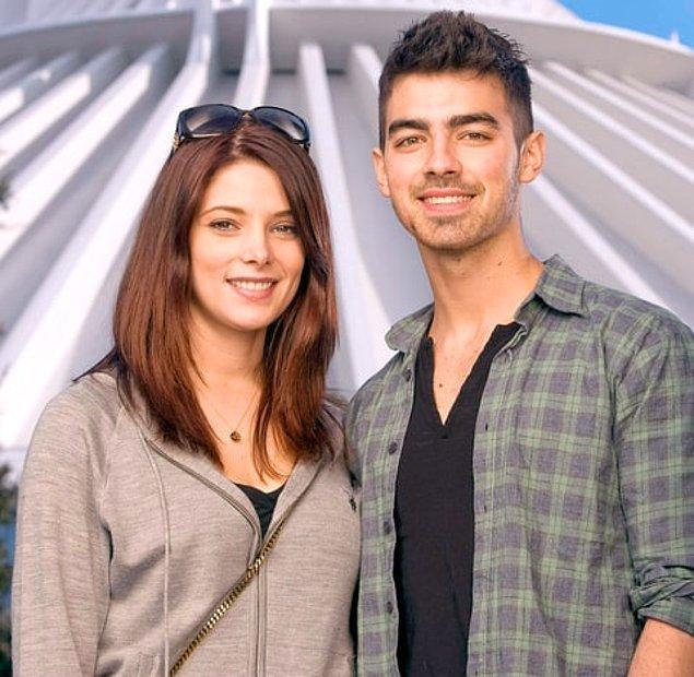 3. Joe Jonas, 2010 yılında Twilight'ın güzel oyuncusu Ashley Greene ile birlikte olduğunu açıklamıştı.