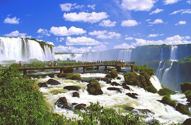 4. Iguazu Şelaleri,  Arjantin/Brezilya