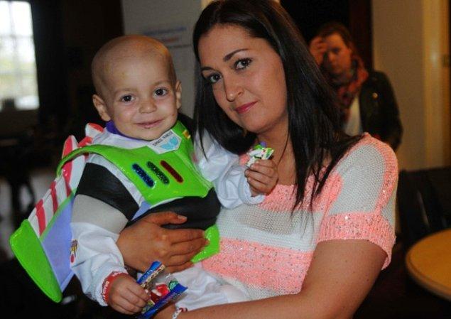 3. Bradley'e tümör teşhisi 2013 yılında konmuştu. Kısacık ömrünün neredeyse tamamı bu hastalıkla mücadele etmekle geçti.