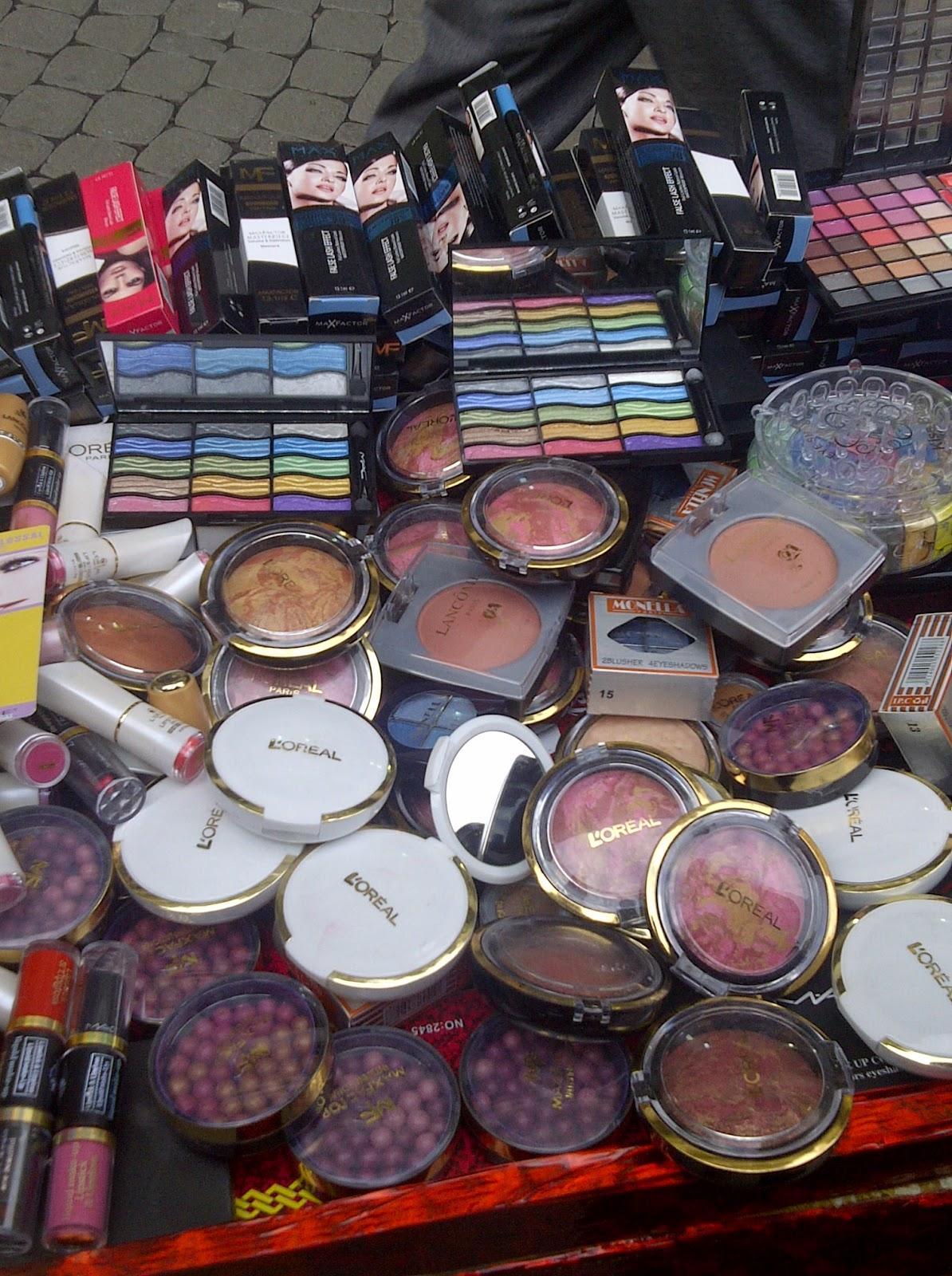 Makyaj Malzemelerinin Pahalı Ya da Ucuz Olması Neler Değiştiriyor