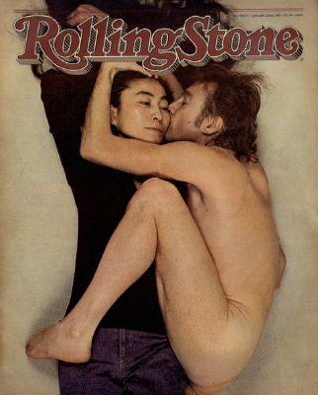 17. Portre fotoğrafçısı Annie Leibovitz'in Rolling Stones için ölümsüzleştirdiği Yoko Ono ve John Lennon öpücüğü: