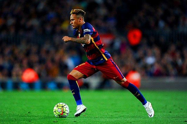 5. Neymar | Santos ➡️ Barcelona