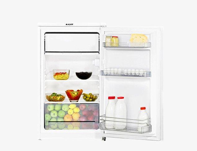 9. Küçük mutfaklara anında ferahlık getirecek bir tezgah tipi buzdolabı