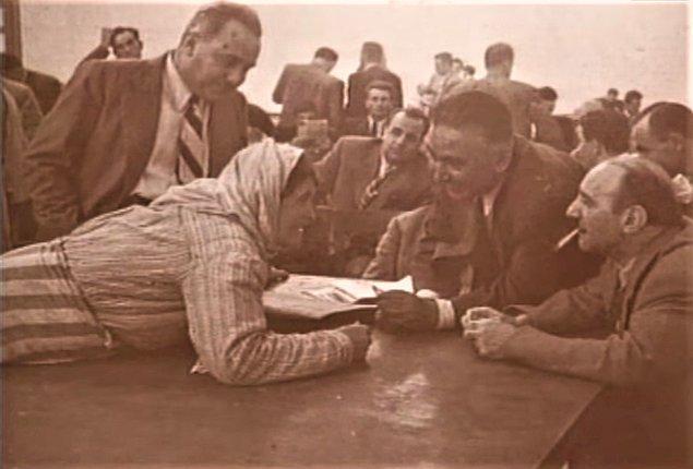 1946'nın hemen başında kurulan Demokrat Parti, Nuri Demirağ'ın MKP'sini hızla solladı.
