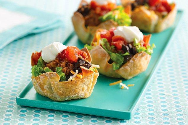 11. Bu yaz bir şölen yaşamak istiyorsanız, bu taco kabuklarıyla kalori hesabınızı da kontrol altında tutabilirsiniz!