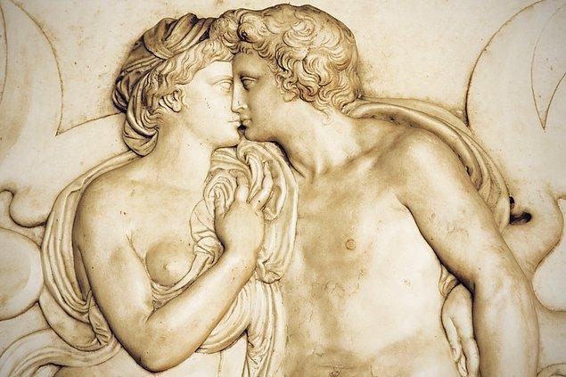 Şimdi Antik Yunanistan'dayız.