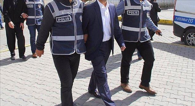 Yapılan operasyonlar sonrası ayrıca 24 vali, 73 vali yardımcısı ve 116 kaymakam tutuklandı.