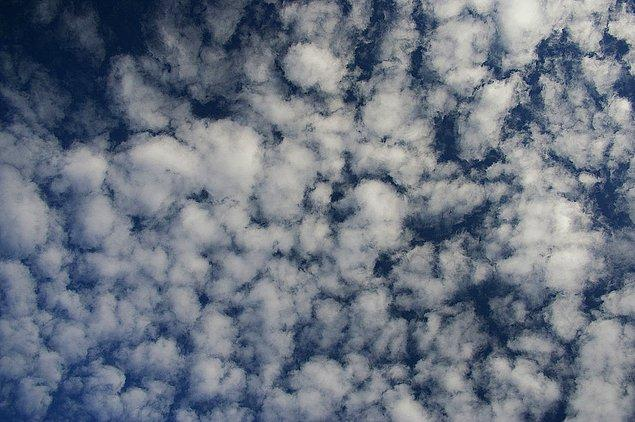 3. Doğru cevap! Görseldeki bulut, ne tür bir buluttur?