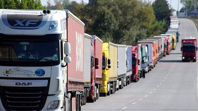 2. Türkiye'nin en fazla ithalat yaptığı ülkelere baktığımızda Almanya'nın Çin'in ardından ikinci sırada geldiğini görüyoruz. Türkiye Almanya'dan 21.5 milyar dolarlık ithalat yaparken bu rakam toplam ithalatının üzde 10.8'ini oluşturuyor.