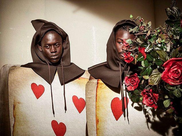 Ünlü İngiliz fotoğrafçı Tim Walker, 12 aylık masal için tamamı siyahilerden oluşan bir kadro seçti.