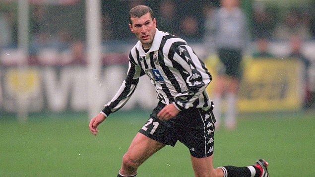 2. Zinedine Zidane - 200 milyon Euro