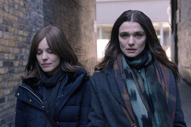 14. Aralarına girip dilek tutasımız var: Rachel Weisz ve Rachel McAdams'ın başrollerini paylaştığı Disobedience filminden ilk görsel geldi.