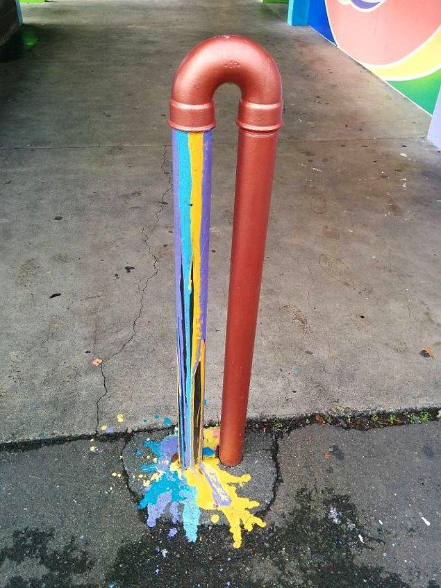 10. Sokak sanatının rengarenk bir yansıması daha.