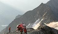 Dağın Tepesinde Mahsur Kalan İnsanları Kurtarmaya Gidip Yere Çakılan Helikopter