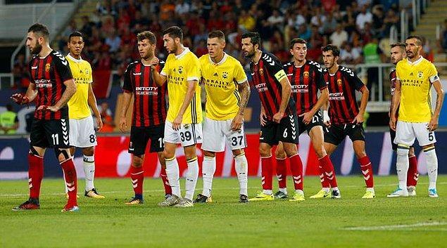 Ve son olarak UEFA Avrupa Ligi Play-off turunda Fenerbahçe, Makedon temsilcisi Vardar ile eşleşti. Eşleşmenin favorisi Fenerbahçe tabii ki.