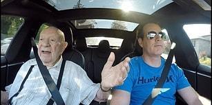 97 Yaşındaki Adamın Elektrikli Tesla ile İmtihanı!