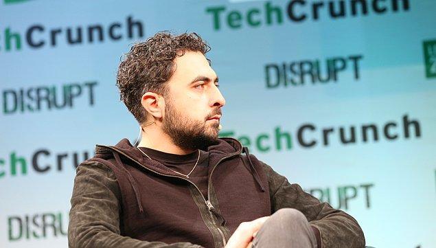 İmzacılar arasında Tesla CEO'su Elon Musk ve Google'ın satın aldığı yapay zeka şirketi DeepMind'ın kurucusu Mustafa Süleyman da yer alıyor.