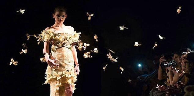 """Yüzyılın 100 keşfi arasına giren """"Kelebek Elbise""""leri tüm dünyada sükse yaratmış."""