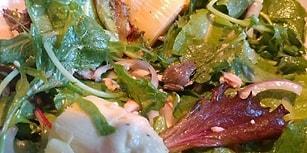 Salatasından Çıkan Minik Kurbağayı Evlat Edinen Kadın: Becky Garfinkel ile Tanışın!