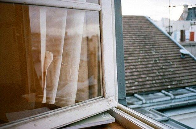 """11. """"Şöyle biraz essin"""" diye yatarken açık bırakırken artık kapatacağımız pencereler"""