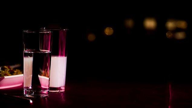 Ürünün etiket fiyatı 47.10 TL olsa da, alkolün suyla seyreltilmesi ve anason yağı ile aromalandırılması, son olarak da şeker katılması ile 70'lik rakı yaklaşık 20 TL'ye denk geliyor.