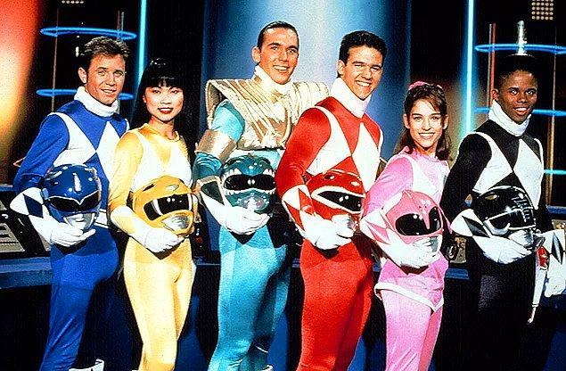 """10. Çocukluğumuzun """"sen hangi renk olcan?"""" sorusuyla geçmesine sebep olmuş Power Rangers"""