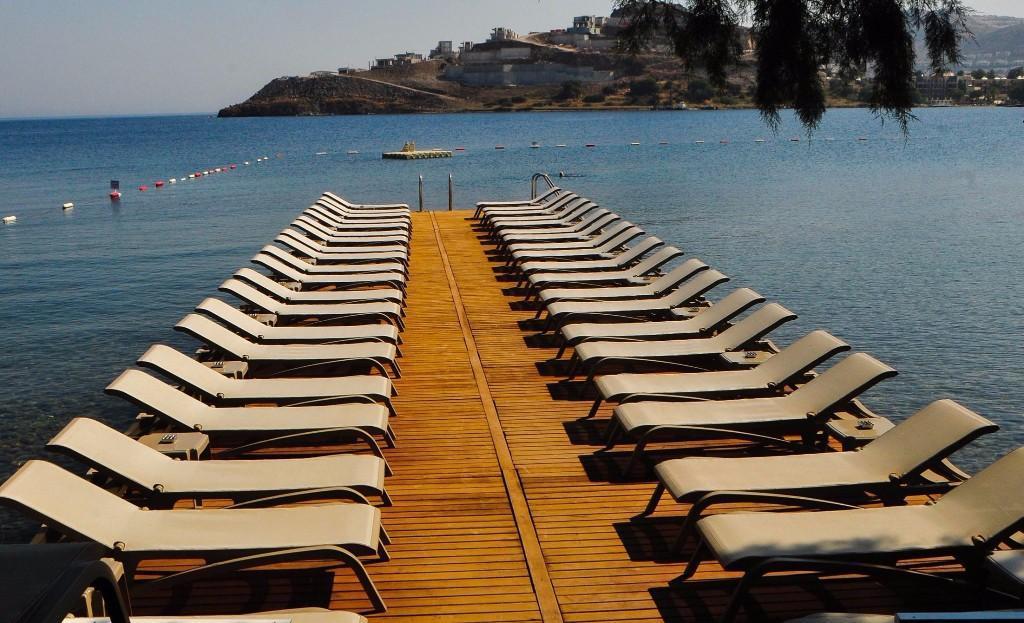 Bu Yaz Kızgın Kumlardan Serin Sulara Atlamak İçin En Çok Tercih Edilmiş 13 Beach Club