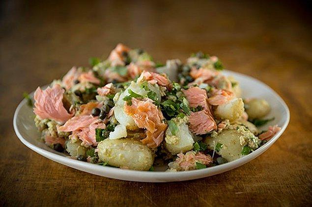 8. Patates salatasını hiç balıklı düşünmüş müydünüz?