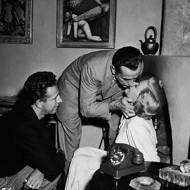 15. Oyuncu Gloria Grahame üst dudağını daha dolgun göstermek için iç tarafını pamuk ya da kağıtla doldururdu. 👄