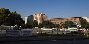 Meclis Önündeki Atatürk Meydanı Yıkıldı: Belediyeden 'Yenilenecek' Açıklaması
