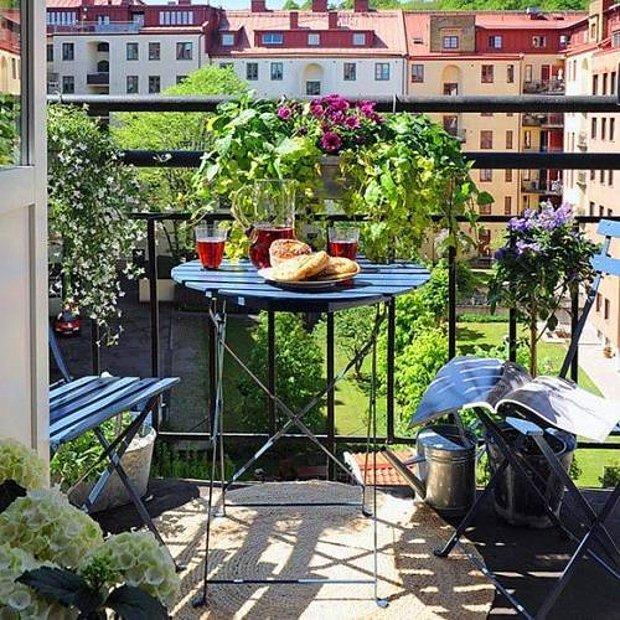Evin balkonu iyidir.