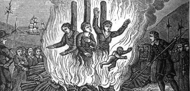 8. Sanılanın aksine, Salem cadı mahkemelerinde insanlar kazıklara bağlanarak yakılmamıştı.