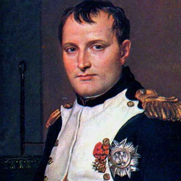10. Napolyon aslında o kadar da kısa değildi.