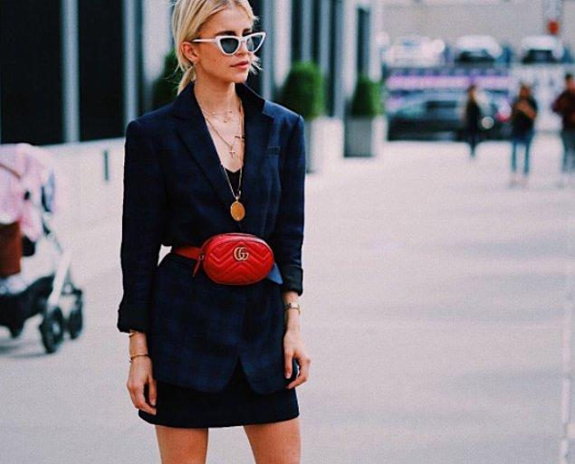 7. İnanamayacaksınız; ama bel çantası modası geri dönüyor! Alman blogger Caroline Daur da bunu en iyi şekilde kullananlardan