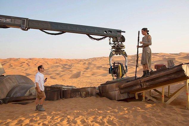 "6. ""Star Wars: Episode IX"" filminin yönetmeni J.J. Abrams oldu!"