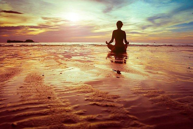 7. Hünnap, zihin ve beden üzerinde yatıştırıcı bir etkiye sahip olduğu bilinmektedir.