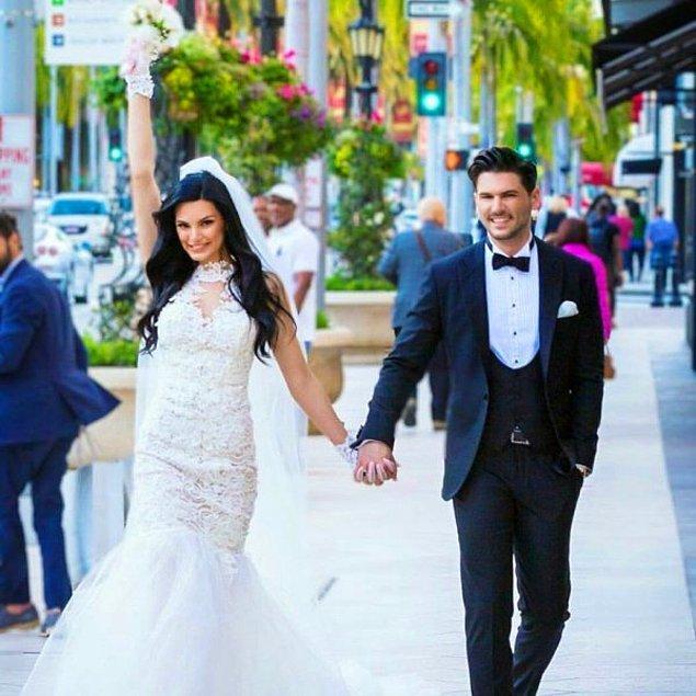 """2. Yaklaşık iki yıl süren birlikteliklerinden sonra, Tolgahan Sayışman ve Almeda Abazi Los Angelas'ta mutluluğa """"evet"""" dedi."""
