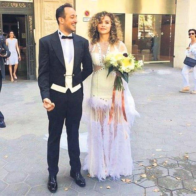5. Bengisu Uzunöz ve Sarp Apak da evlenmek için yurt dışını tercih eden isimlerden oldu.