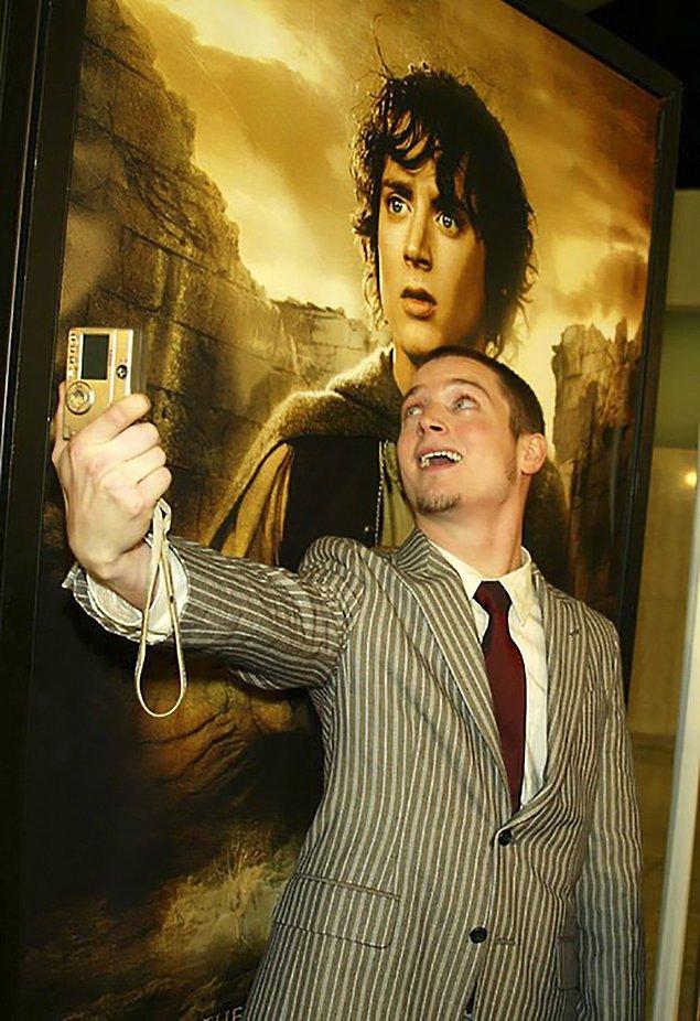 Frodo yapma oğlum, gözlerin öyle kalacak 🙄