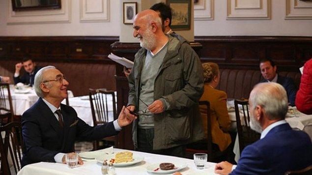 Yol Ayrımı Şener Şen ve Yavuz Turgul ortaklığında bir film. İkili, 7 yıl aradan sonra yine bir araya geldi.