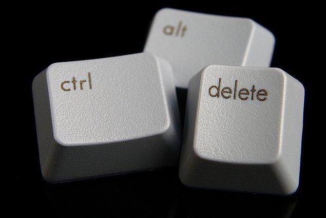 Ünlü milyarder, 'Control-Alt-Delete' fonksiyonunun garip ve kullanışsız bir kısayol olduğunu kabul etti.