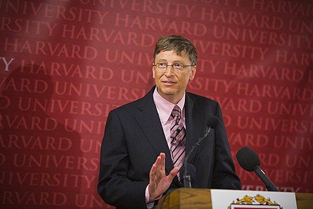 """Harvard'da yaptığı bir konuşmasında """"Tek bir tuşla bunu halledebilirdik. Ama IBM'de klavye tasarımını yapanlar bize bu hakkı vermedi."""" diye bahsetmişti."""