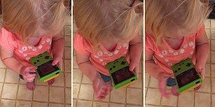 Dokunmatik Ekrana Alışan Ufaklığın 'Game Boy' Karşısında Afallaması