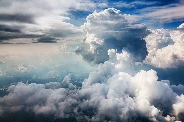 10. Dünya atmosferinde en fazla bulunan gaz hangisidir?