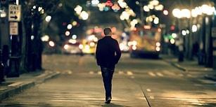 Tek Başına Hiçbir Şey Yapmak İstemeyen İnsanların Psikolojisini Açıklayan Fenomen: Spotlight Etkisi