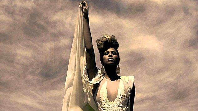10. Beyonce'un meşhur şarkısı Run the World (Girls) 3 erkeğin yazdığı bir şarkının sample'ı kullanılarak yazıldı.