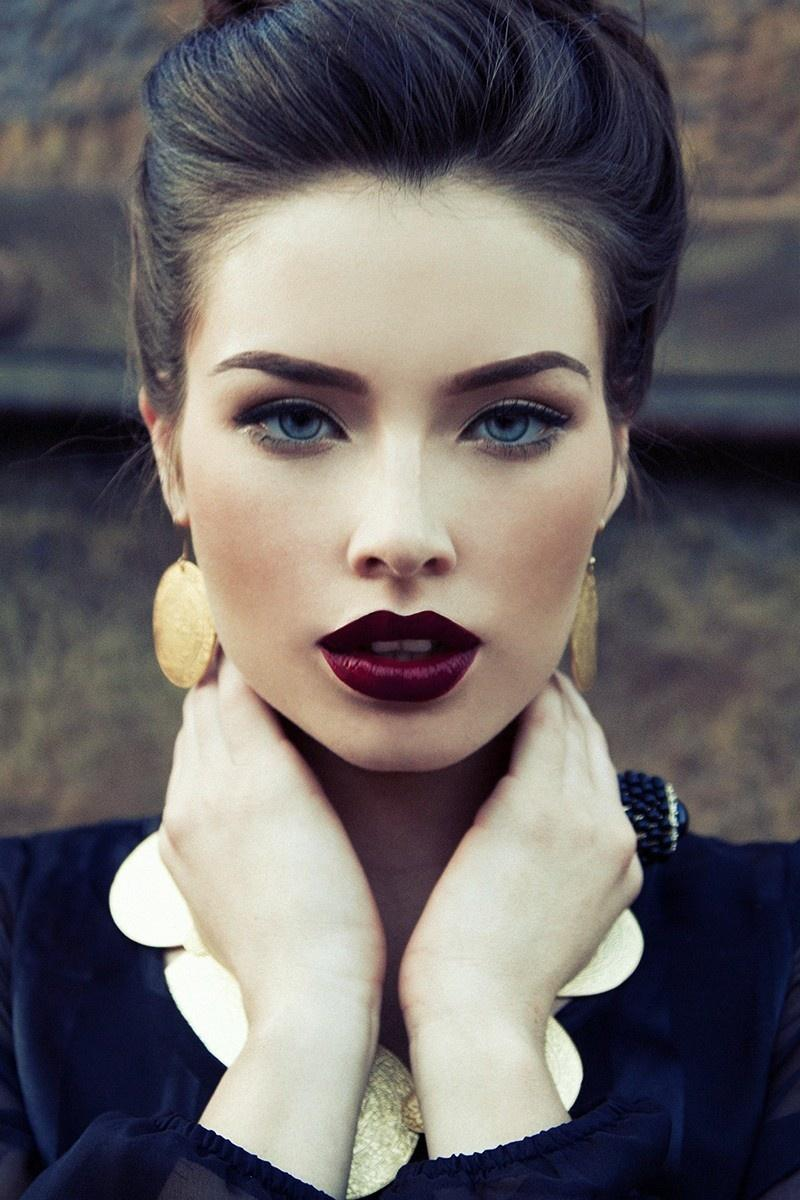 Bu kışın modası bordo dudaklar